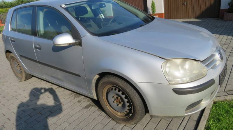 ox_vw-golf-v-motion-19tdi